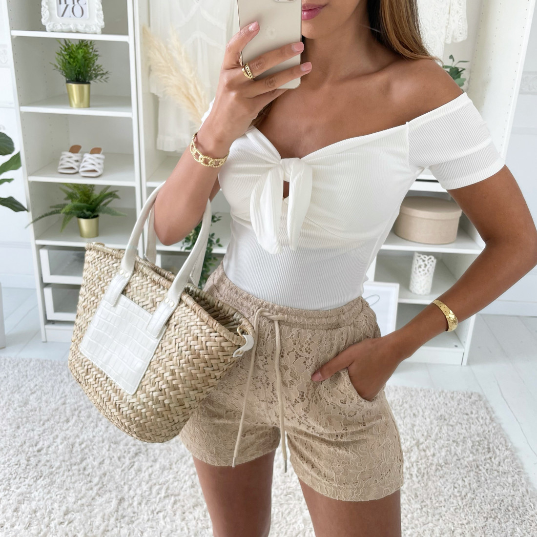SHORT BRODERIE TAUPE