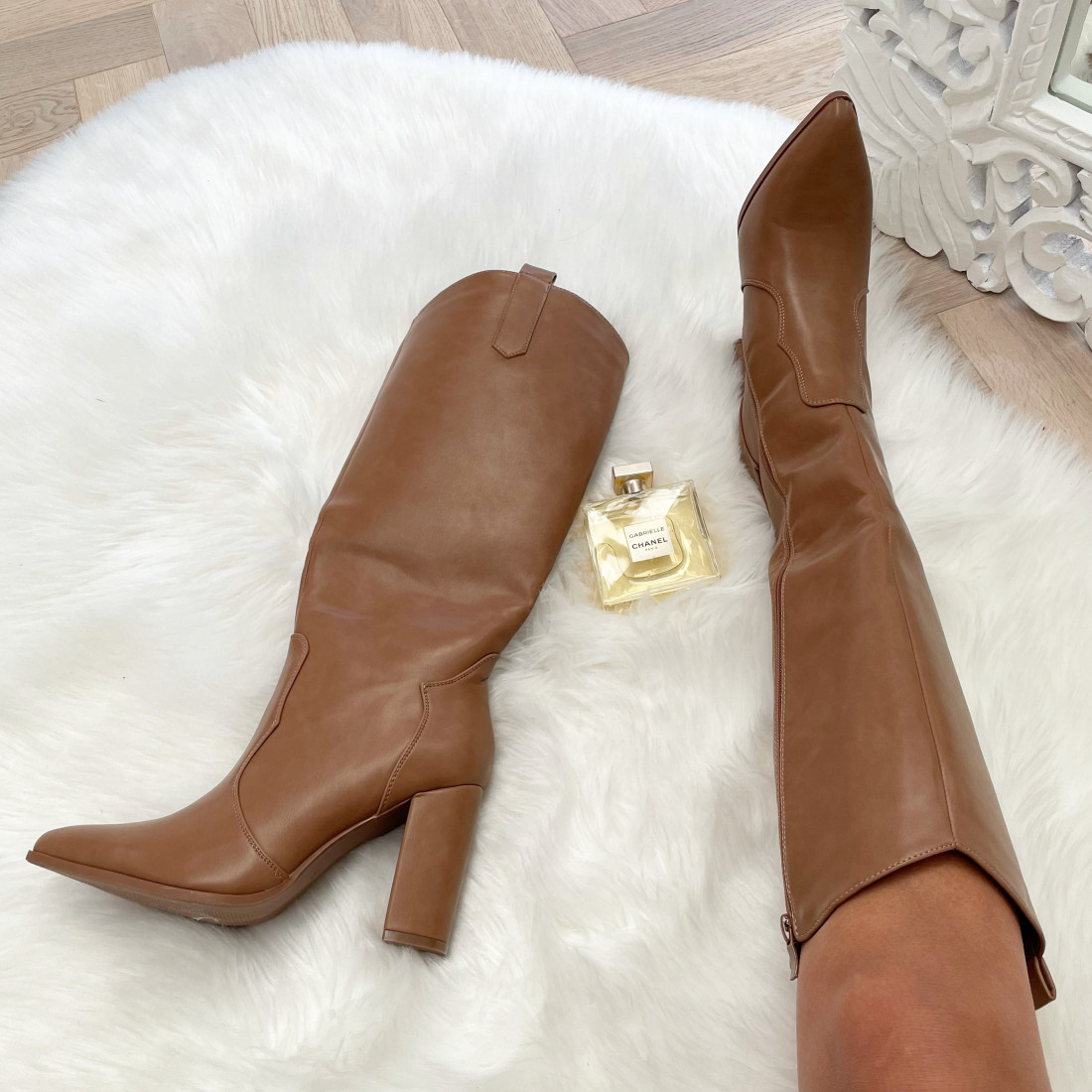 STYLE BY HASSYBA ** BOTTES...